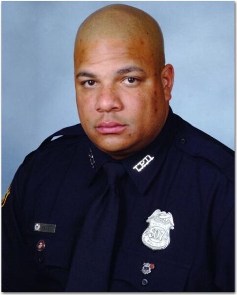 Police Officer Je